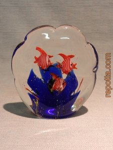 mini aquarium blauwe vissen paperweight VERKOCHT